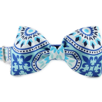 Blue and White Bow Tie Dog Collar - Seaside Fiesta Bow Tie Collar - Blue Bow Tie for Dogs - Wedding Dog Collar - Dog Collar for Boy Dogs