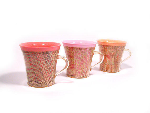 Vintage Raffiaware Thermoware Plastic Mugs, Coral, Pink and Peach, Mid Century