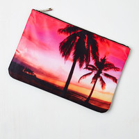 Happy Tampa Clutch | Mod Retro Vintage Wallets | ModCloth.com