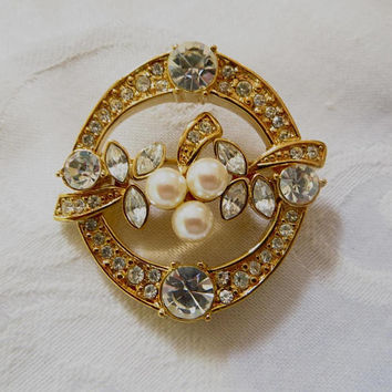 Vintage Monet Brooch, Rhinestone and Pearl Circle Pin, Original Box, 1980s Monet Jewelry