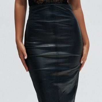Fake Love Skirt (Black)