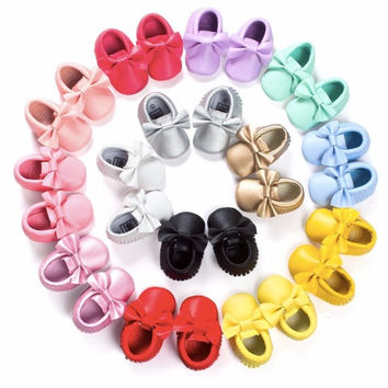 Bow Moccasins, 14 Colors Baby Moccasins, Toddler Bow Moccasins, Vegan Soft Sole 3-18 months Infant Pink Black White Gold Mint Yellow Red