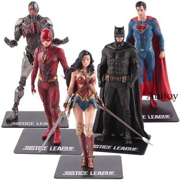 Batman Dark Knight gift Christmas DC Justice League ARTFX Statue Wonder Woman Batman The Flash Superman Cyborg Action Figure PVC Collectible Model Toy AT_71_6