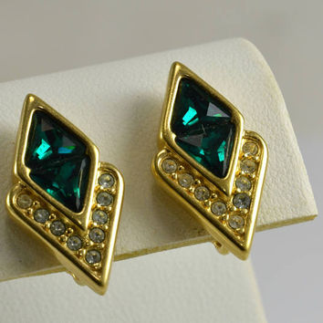 Emerald Green Rhinestone Earrings - Vintage Clip On - Gold Tone - Art Deco Style