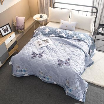 Home textile 2017 flower patchwork butterfly quilt Summer thin comforter 200*230cm 150*200cm polyester blanket pastoral bedding