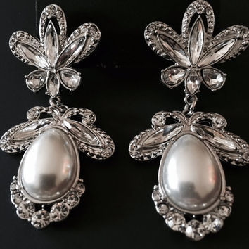 "Vintage Silver and Pearl Crystal Dangle Wedding Prom Bride gauges plugs earrings 1/2"" - 3/4"" 12mm - 19mm"