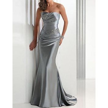 Mermaid / Trumpet Strapless Sweep / Brush Train Satin Elegant Formal Evening Dress 2020 with Beading / Crystals