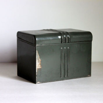 industrial metal file box art deco gray // metal recipe box  // 4 x 6 card file // vintage office // urban storage