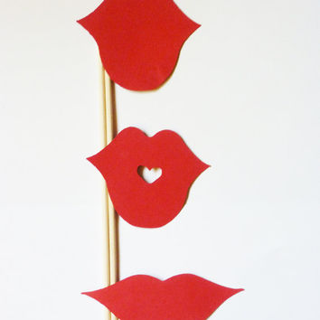 Red Lips - DIY - 30 Pieces - Photo Booth Props Weddinh Gender Reveal party