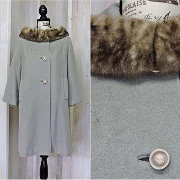 Vintage 1950s Youthcraft swing coat / size S / M /  gray boucle wool fur collar /  Mid century / Gorgeous
