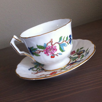 Aynsley Pembroke crocus shape tea cup and saucer, English bone china tea set, floral tea cup