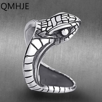 QMHJE Punk Stainless Steel Men Snake Ring Animal Cobra Antique Silver Male Rings Engagement Vintage Jewelry Biker Band DAR220