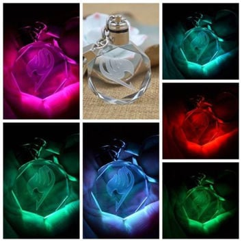 2016 Creative Japanese Anime Mini Hatsune Miku Fairy Tail Crystal Colourful Led Light Key Chain Keyring