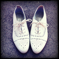 Vintage White Wingtip Spectator Oxford Shoes Size 6.5