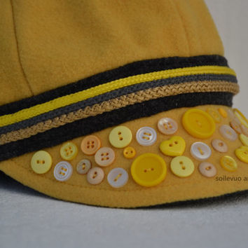 Peaked cap Winter hat for women Wool blend Decorated with buttons and cord Yellow cap Small size Autumn hat Scandinavian style cap