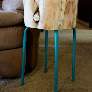 Reclaimed Wood Furniture - Tree Stump Table - Round side table