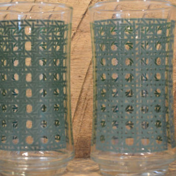 Set of Four Glass Tumblers with Green Basket Weave Pattern , Glasses with Green Pattern, Vintage Drinking Glasses, Geometric Patter,