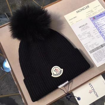 Moncler Women Fashion Beanies Knit Winter Hat Cap-3