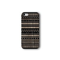 Iphone 5/5s Case, Black Aztec Geometric on Wood Pattern 3d-sublimated, Mobile Accessories.