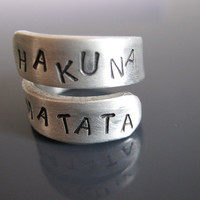 Black Friday, Hakuna Matata Ring, Hakuna Matata, Lion King, Disney, Free engraved, Twist Ring, Gifts for best friends, Hakuna Matata Jewelry