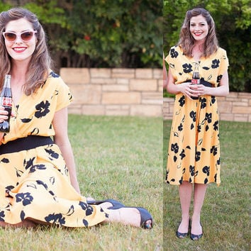 Vintage 80s Yellow & Black Floral PARTY DRESS 1950s style Rockabilly S-M c993