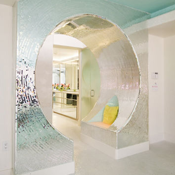 """The """"Real"""" Flaming Lips' Bathroom"""