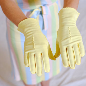 1950s Yellow Gloves / Fownes NYLO