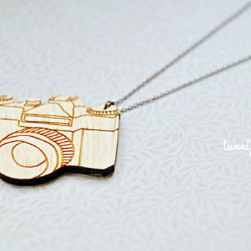 Wood Pendant  vintage camera (Laser cut)