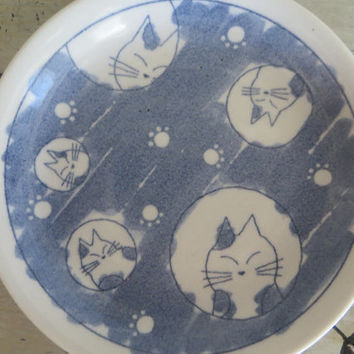 Darling Ceramic Cat Dish Whimsical Pottery Cats Blue and White Kitten Dish Ring Dish Trinket Dish Pottery Dish