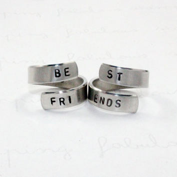 Best Friends Ring Set, BFF rings, Personalized Stamped Ring, Besties Jewelry, Split Word Aluminum Spiral Rings