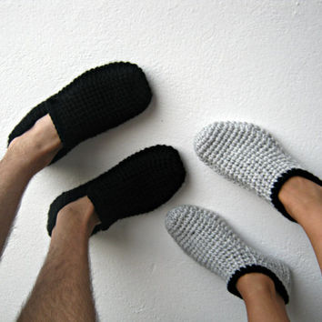 Set of Crochet Slippers, Men and Women Slippers, Black and Gray, Gift Set, His and Hers, Gift for Couples, Gift for Men, Gift for Women