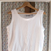 STOREWIDE SALE...90s natural white tank top. Cropped tank.