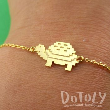 Adorable Pixel Turtle Tortoise Shaped Charm Bracelet in Gold