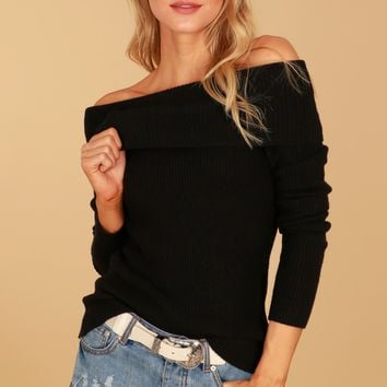 Get to the Point Turtleneck Sweater Black