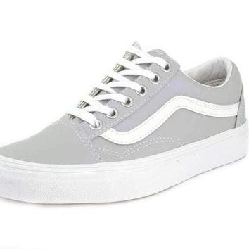 95ce4ab5029224 Vans Old Skool Unisex Adults  Low-Top Trainers