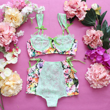 SCARLETT / Floral satin and lace lingerie set / Ready to ship