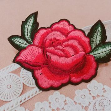Rose patch /Flower patch /cool badge /iron on patch/sew on patch/embroidered patch/patch for jacket/applique