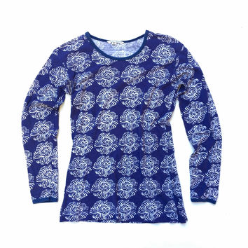 MARIMEKKO!!! Vintage 1970s 'Marimekko' abstracted floral print blue and white long sleeved t-shirt