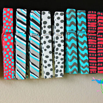 Hand painted Clothes pins. Chevron, Pola-dots, and Striped designed clothes pins. Photography prop.