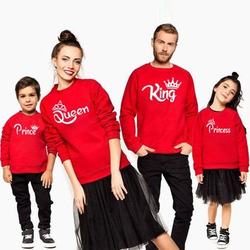 Cool matching family outfit mommy and me mother daughter daddy son baby Girls Boys Sweatshirt for King Queen Printed autumn t shirtAT_93_12