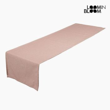 Table Runner Pink (40 x 13 x 0,5 cm) by Loom In Bloom
