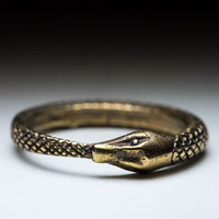Ouroboros Ring, brass, size 17mm / US 6.5, handmade ..... Snake Eating Tail Ring