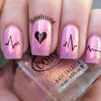 4 Adorable Valentine's Day Nail Ideas