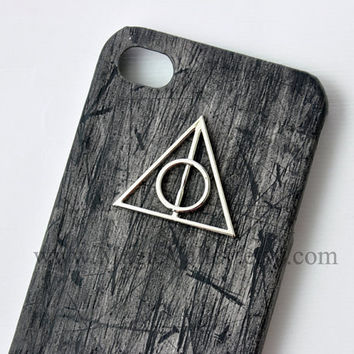 Deathly Hallows, Iphone 4 Case, Iphone 4S case, Black Wood Iphone 4 CASE with Harry Potter Deathly Hallows