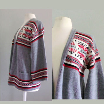 1970s Cardigan  / Vintage sweater / Hippie by cashmerevintage