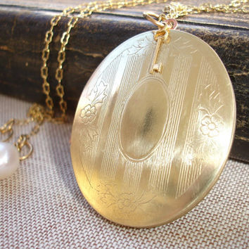 Large Vintage Brass Oval Locket, Long Pendant Necklace, Flower Etchings, Brass Peanut Chain, Pearl Charm, Victorian style, Romantic, Classi