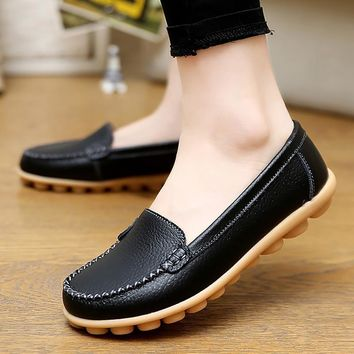 Genuine leather shoes woman 2017 new solid slip on boat shoes for women flats shoes bi