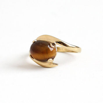 Vintage 10k Yellow Gold Filled Tiger's Eye Quartz Cabochon Ring - Retro 1960s Size 6 1/2 Bypass Design Genuine Oval Brown Gem Vargas Jewelry