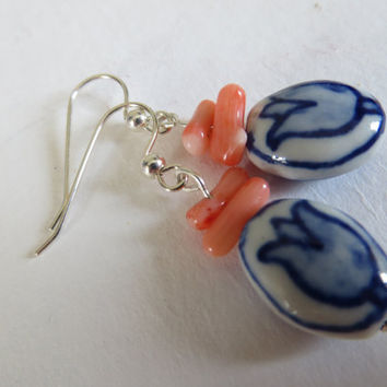 Pink raw coral with Delfts Blue ceramic tulips and Silver earrings from the Netherlands