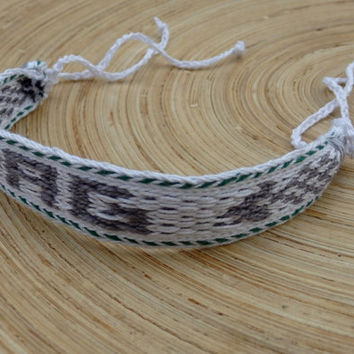 Waeve bracelet, personalized bracalet, table weaving braclet, monogram wrist band, white gray wrist cuffs, cotton boho jewelry, handmade